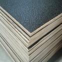 Flightcase hout (7 mm) zwart 125 cm x 42 cm, met zwarte achterzijde
