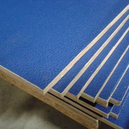 Flightcase hout (10 mm) BLAUW 125 cm x 102 cm, met zwarte achterzijde