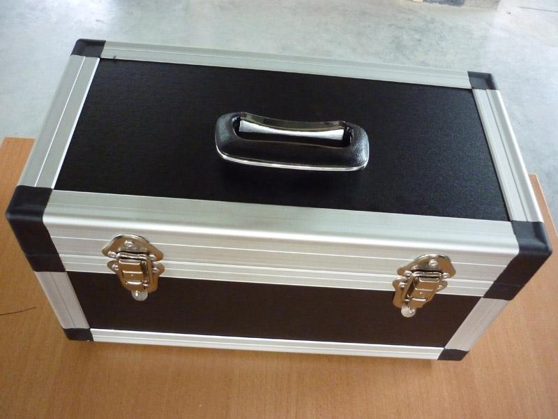 stufenplan bauen eines easy case flightcase. Black Bedroom Furniture Sets. Home Design Ideas