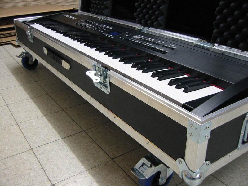 Building a keyboard flight case - www flightcase-brico com