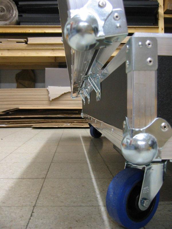 Fabrication d 39 un flight case pour clavier - Fabriquer flight case ...