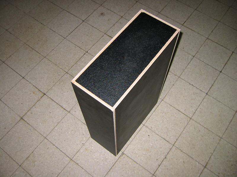 stufenplan bauen eines case mit l f rmigem deckel f r ein pedalboard f r gitarren www. Black Bedroom Furniture Sets. Home Design Ideas